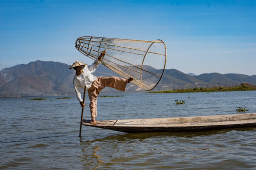 Myanmar: Inle Lake Water Civilization